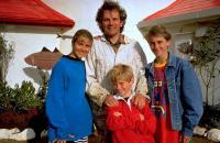 Les Twist (Round the Twist)